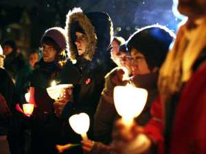 A vigil to remember the Montreal Massacre in 2009 at Ottawa's Minto Park, Dec. 9, 2009.